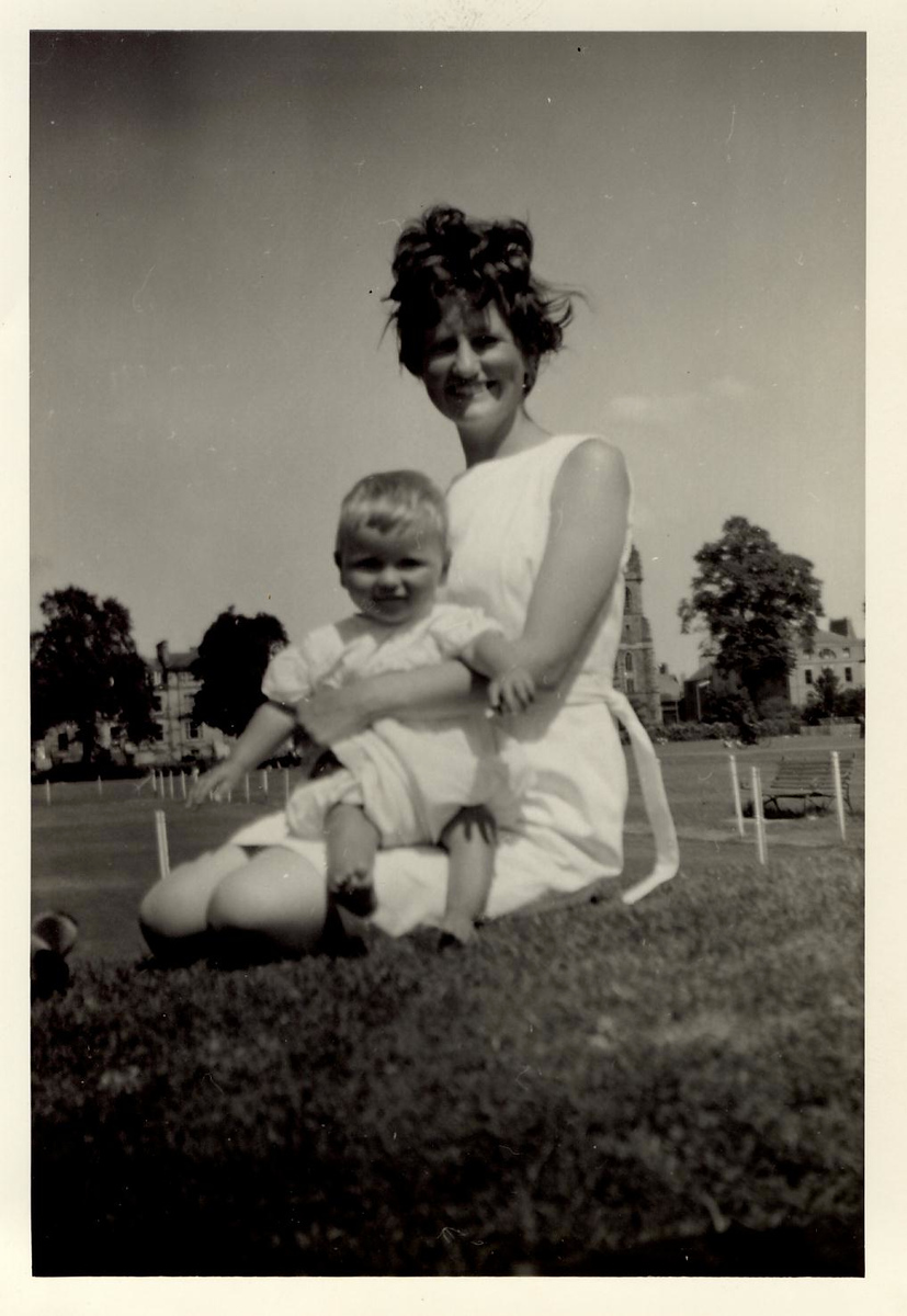 1966 Brian & Janet, South Inch, Perth July 1966