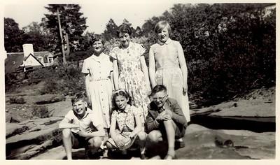1956 06 Janet Willaimson (back L)Bible Class Trip, June 1956