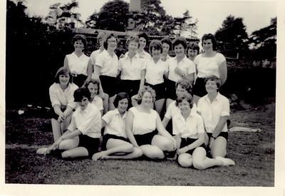 1960 06 Janet Willamson  L  back, June 1960