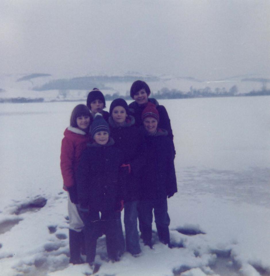 1979 01 Valerie Brian Alan Kenny James Ann Lindores Loch 14 January 1979