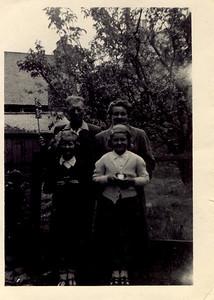 1953 06 Janet Williason & Mather Johnson, June 1953